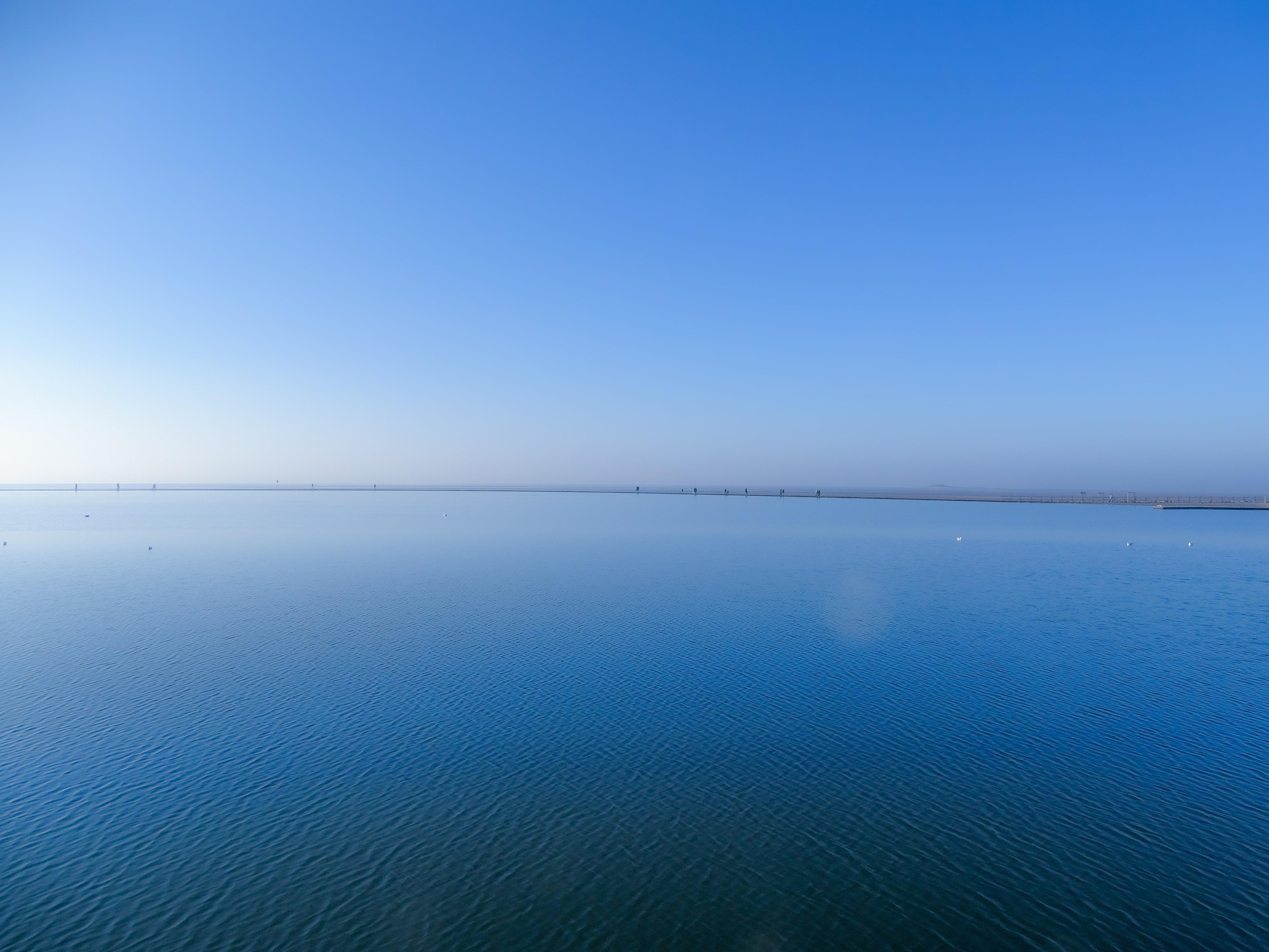 Walking On Water, Simon Tilsley